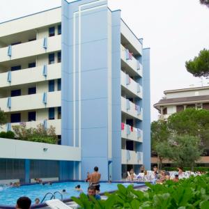 3_7470_148-residenza-acapulco-bibione-1
