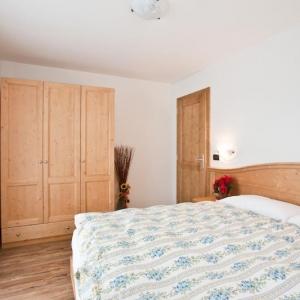camera-matrimoniale-residence-hote-val-di-sole-1