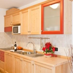 cucina2-tilocale-gaia-residence-hotel