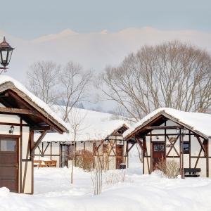 exterior-winter_1_24788698560_o
