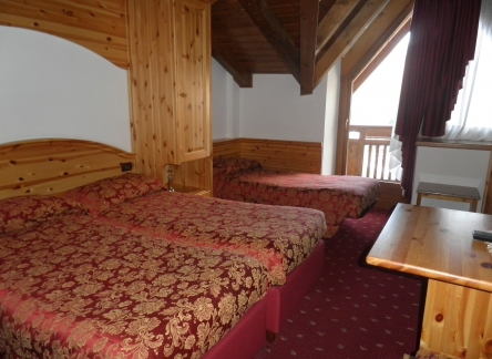 folgarida-hotel-almazzago-room