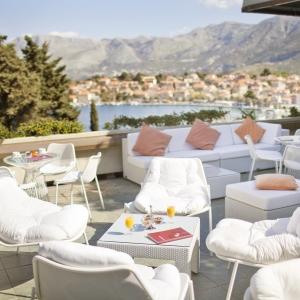 ALH_Croatia_piano-bar_terrace_01