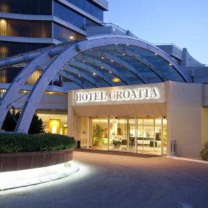 ALH_Croatia_exterior_lobby_01