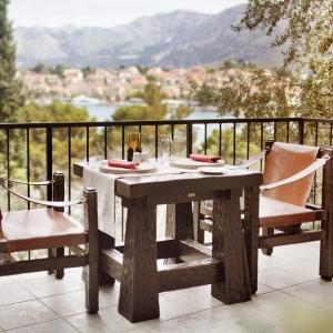 ALH_Croatia_steakhouse_terrace_01