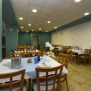 14 restaurant1