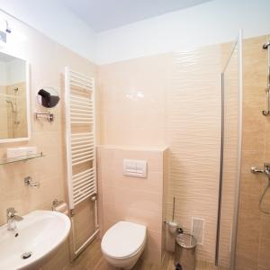 Bathroom_hotel Omorika (4)