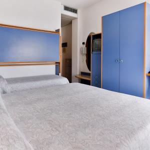 HOTEL RONDINELLA - CESENATICO (13)