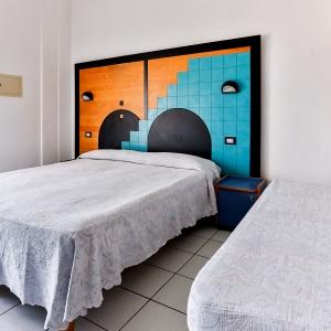 HOTEL RONDINELLA - CESENATICO (8)