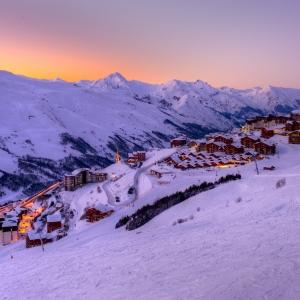 modern_infrastructure_plenty_apres_ski_activities_1_76718