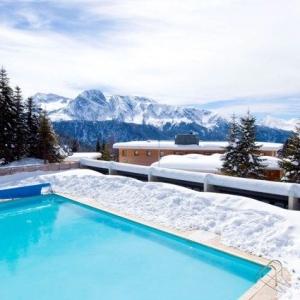 chamrousse-domaine-arselle-piscine-1-189