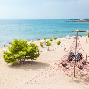 zaton-beach-01
